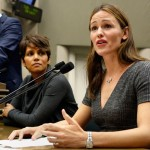 Halle Berry & Jennifer Garner Join Forces To Support Anti-Paparazzi Bill That Would Make Photographing Their Kids A Crime