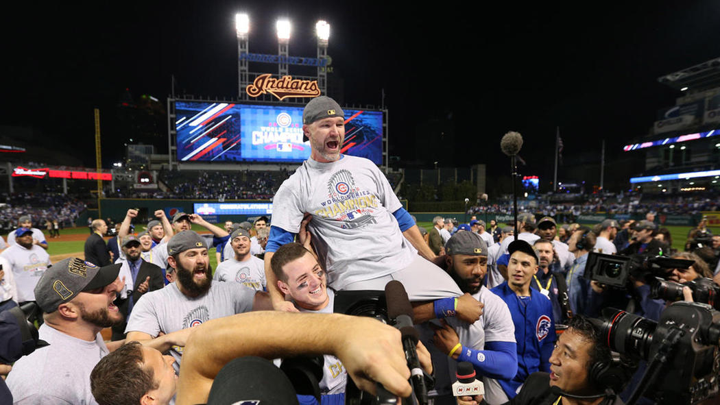 chris stokes-ct-cubs-indians-world-series-game7-photos