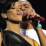 "Chris Brown Tells Rihanna  ""Love Diamonds!"""